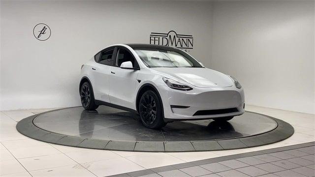 Used 2020 Tesla Model Y  with VIN 5YJYGDEE5LF008417 for sale in Bloomington, Minnesota