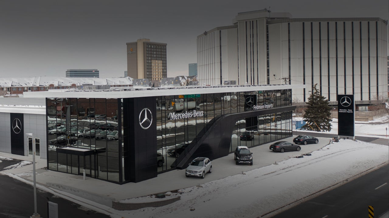 Mercedes-Benz mbrace2 In-Vehicle Technology and Apps
